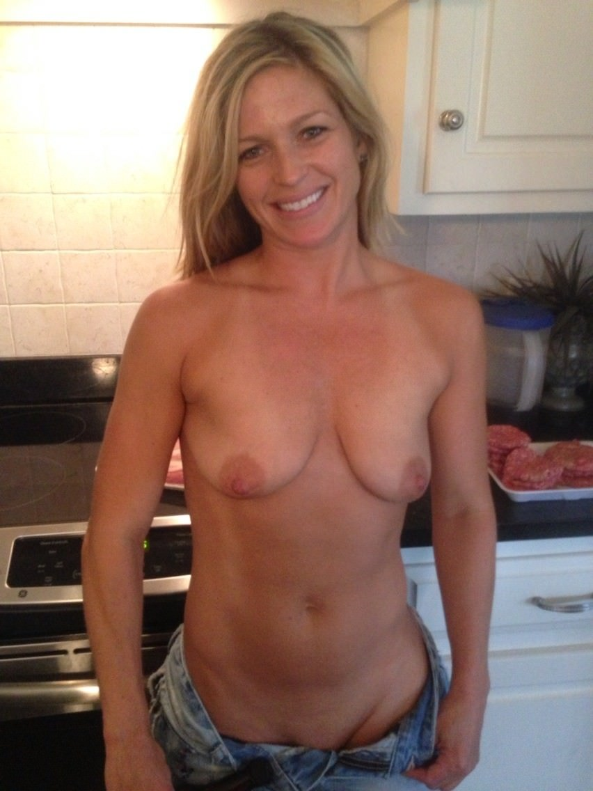 Naked Small Tits Milf