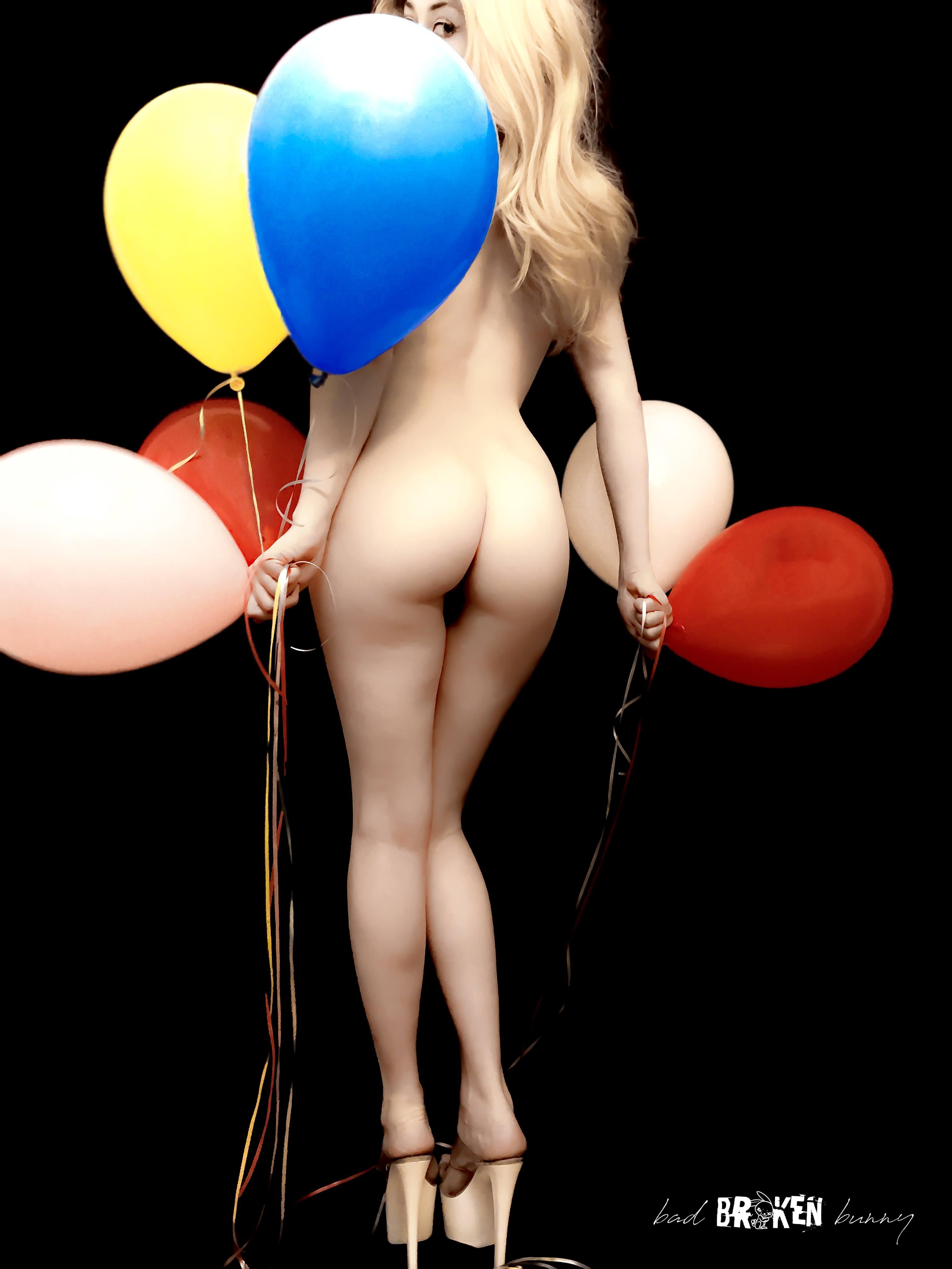 лапание девушек с воздушными шарами порно - 9