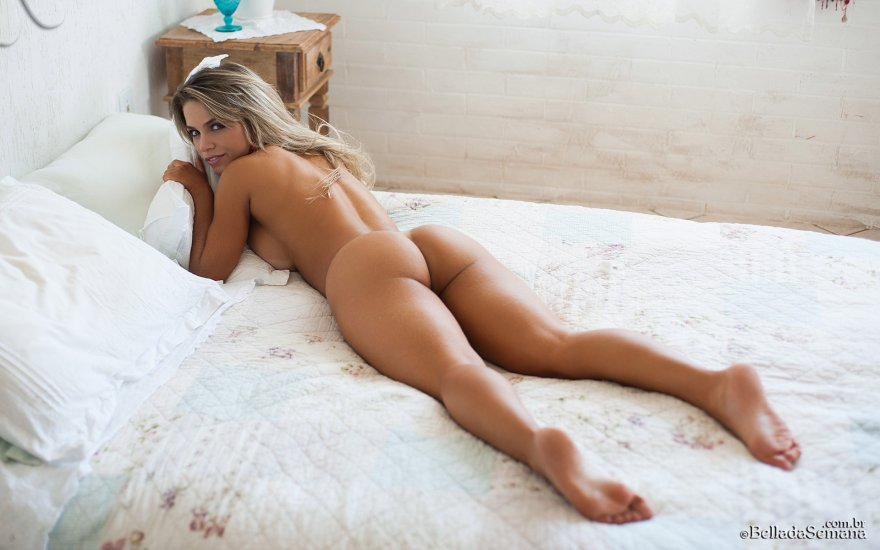 Beautiful Brazilian Amanda Sagaz Sexy Draftsex 1