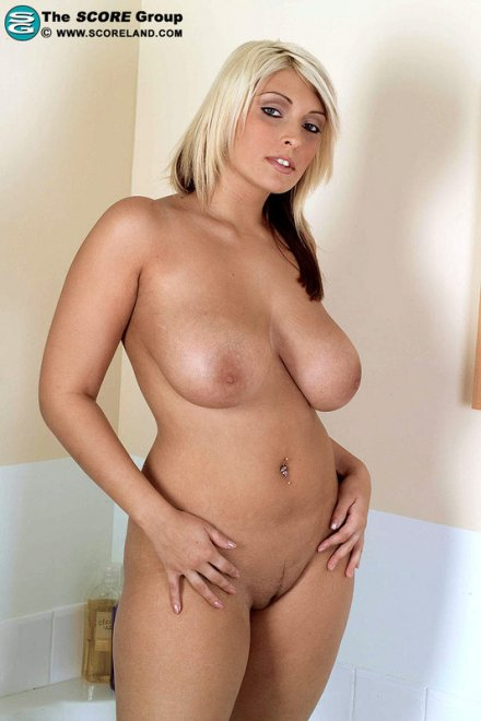 Plump latin women nude pictures