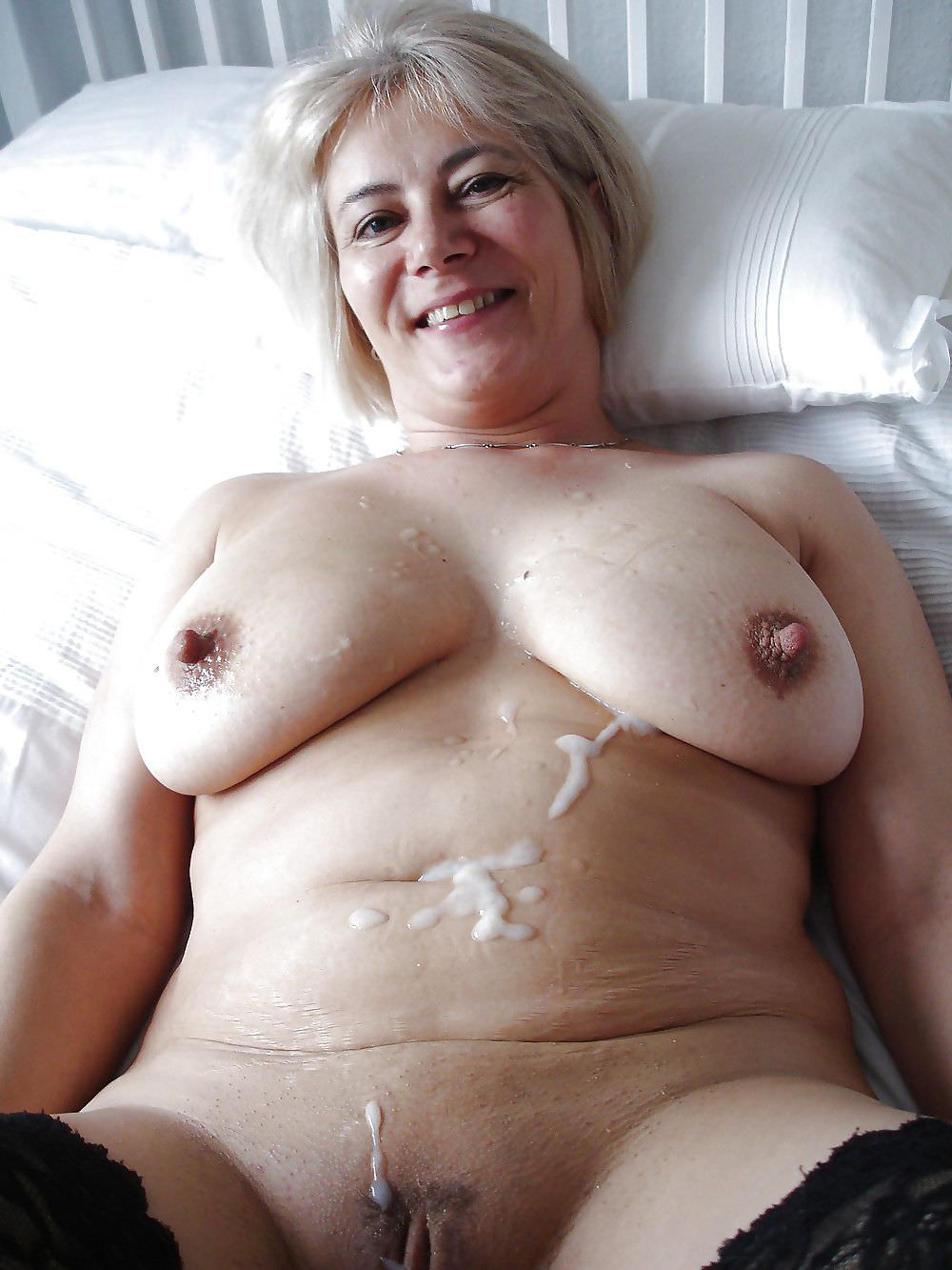 Have a nude women lot of cum on pussy very cool porn