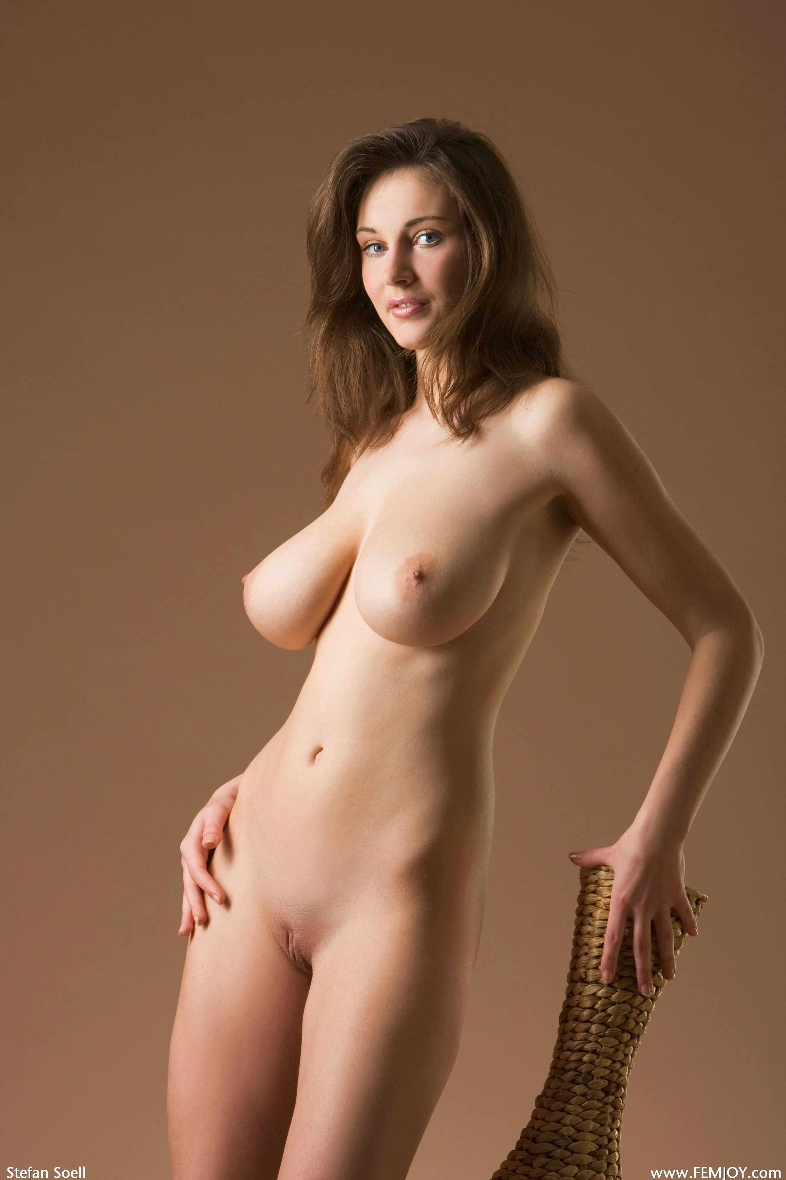 slim-and-naked-women-sex-picuture-very-very-hot-man