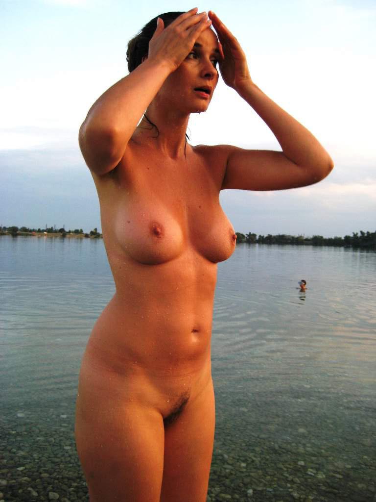 Моя Жена Гол Голая