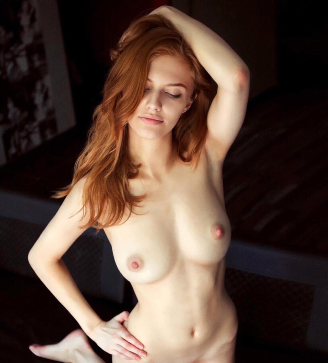 Free Lapdance Porn Galery