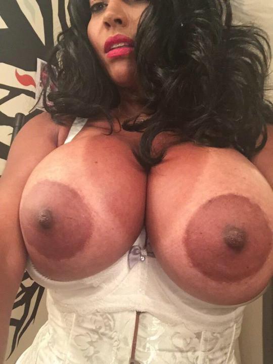 Big boobs big areola ebony
