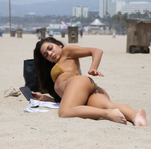 amateur photo Krislian Rodriguez at the beach