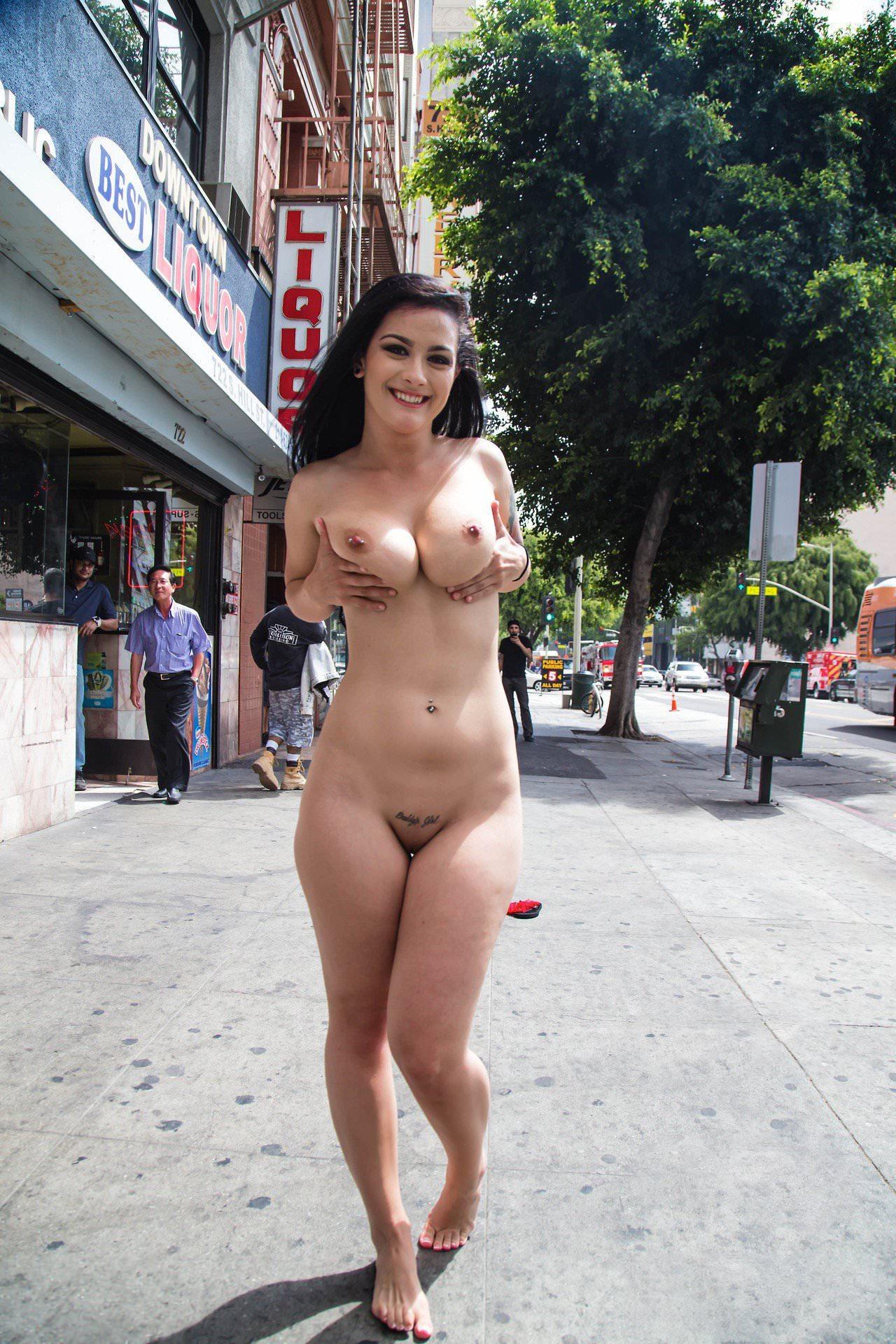 Voluptuous Slut Fucks Naked Outside In Her First Porn Appearance