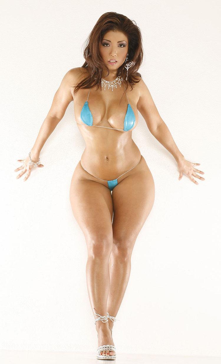 Amazing curvy women bikini