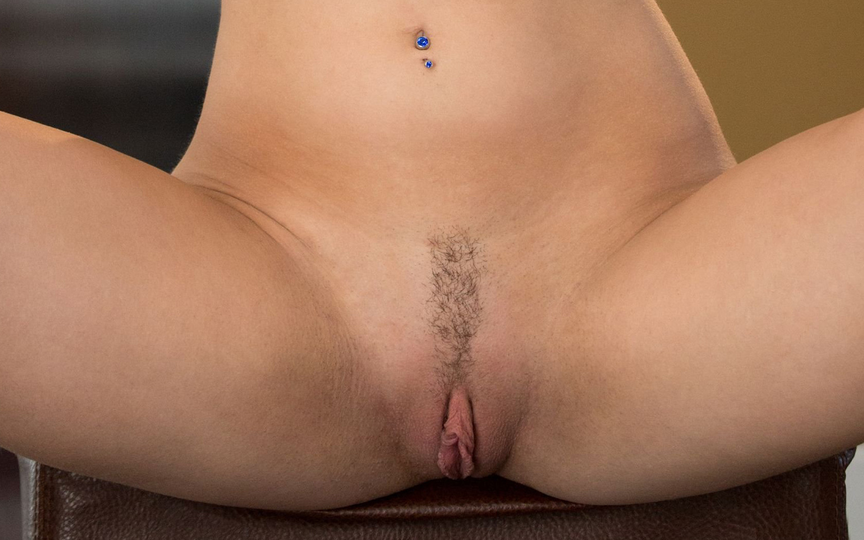 Landing strip vaginas