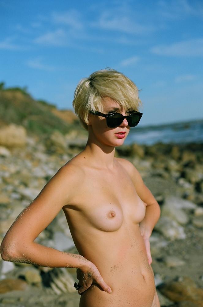 Shorthair blonde poland madeinpoland polishgirl hot naked pussy boobs faketits mature mom milf heels