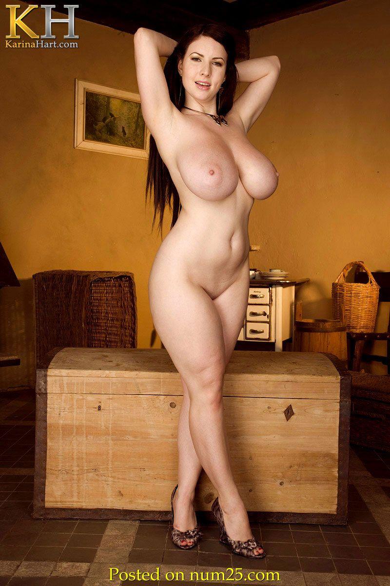 Частное порно фото большая грудь высокие каблуки 20 фотография