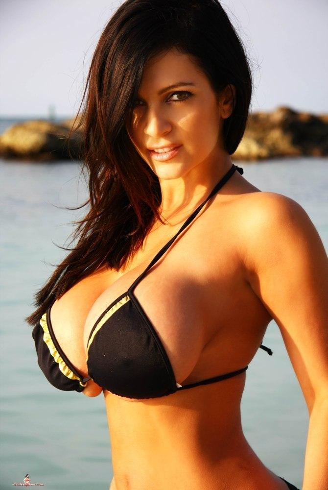 Curvy ebony with perfect breasts