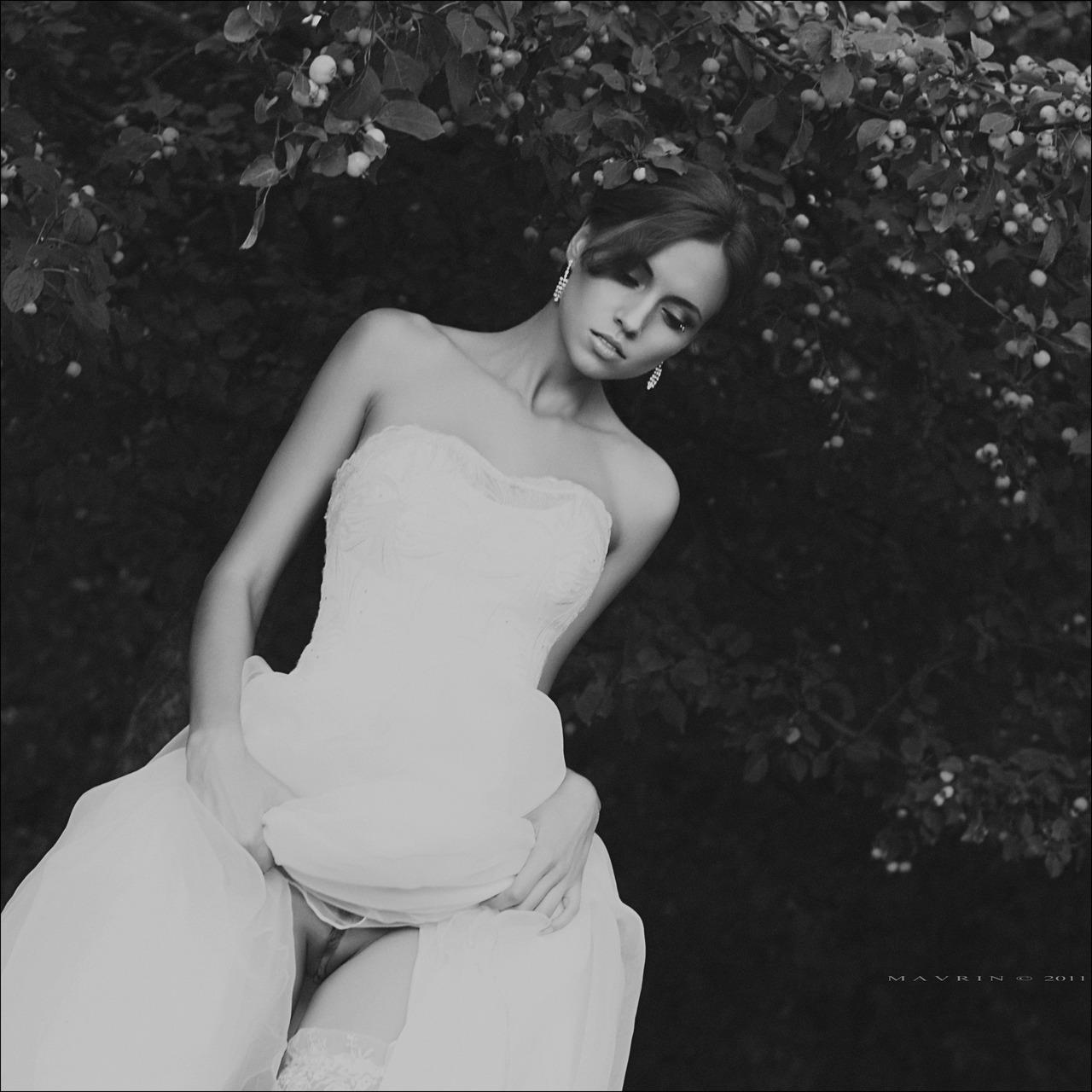 голые девушки в свадебном платье найроби забит хорошенькими
