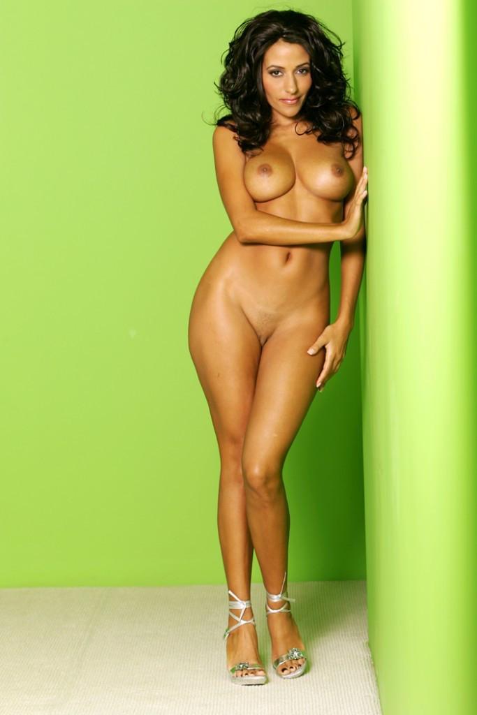 Malika Haqq Posts Nude Snap, Slammed For Acting Like Kardashians