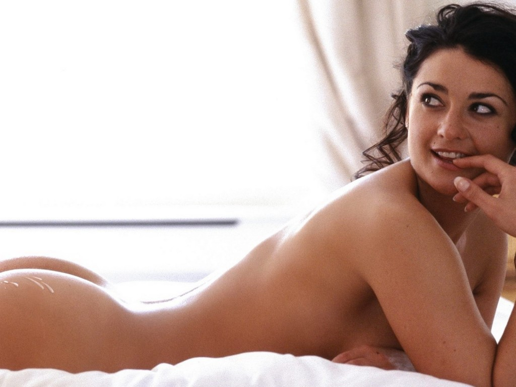 Annasophia Robb On The Beach Pics Erotic Photos Of Celebrities And Sexy Actresses