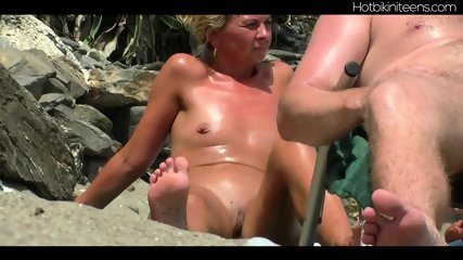 Shaved Pussy Nudist Milfs At Beach