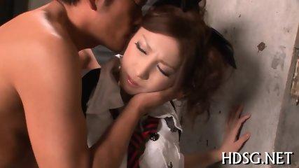 純朴な女子校生が薄毛まんこを自分で広げてクリトリスが勃起の学生系動画